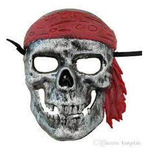 Máscara em Plástico Rígido Caveira Pirata